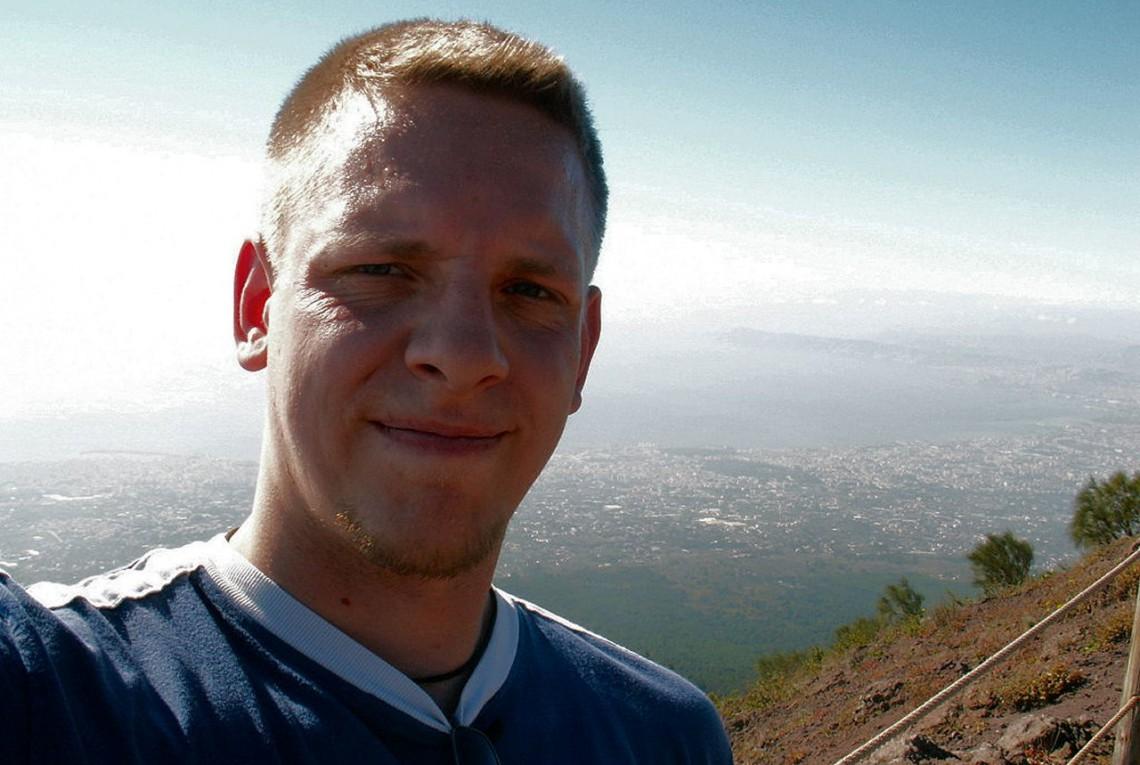 Ich auf dem Vesuv mit Blick über Neapel