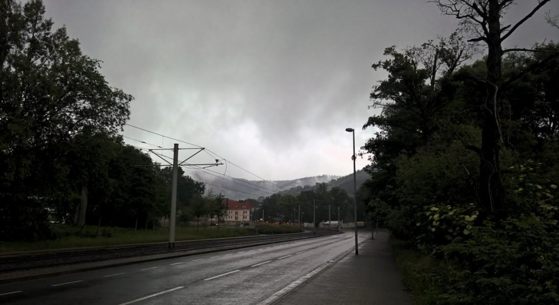 Gewitterstimmung über Burgau